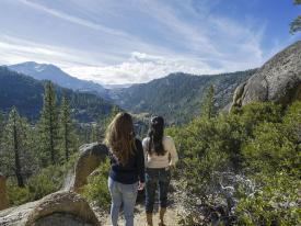 Epic views from the Sonora Pass Hiking Trail near Tuolumne, California